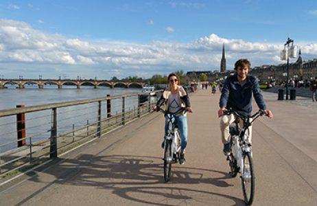 Wine-tour-Bordeaux-velo-electrique-bike-actu
